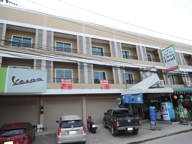 Shop House for Sale Pattaya - Commercial - Pattaya East - Siam Country Club Road